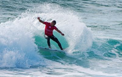 INTERNATIONAL'S MAKE A SPLASH IN ROUND ONE OF AUSTRALIAN OPEN OF SURFING
